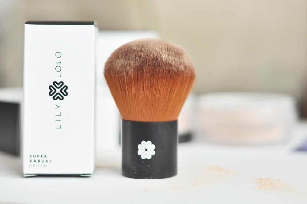 lilylolo-jak-stosowac-mineraly-podklad-flawless-silk26