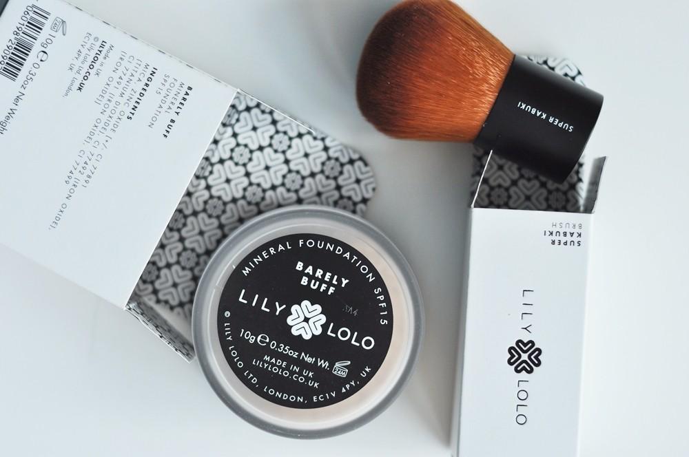 lilylolo-jak-stosowac-mineraly-podklad-flawless-silk3