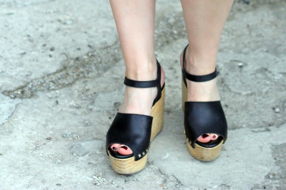 zara-wedges