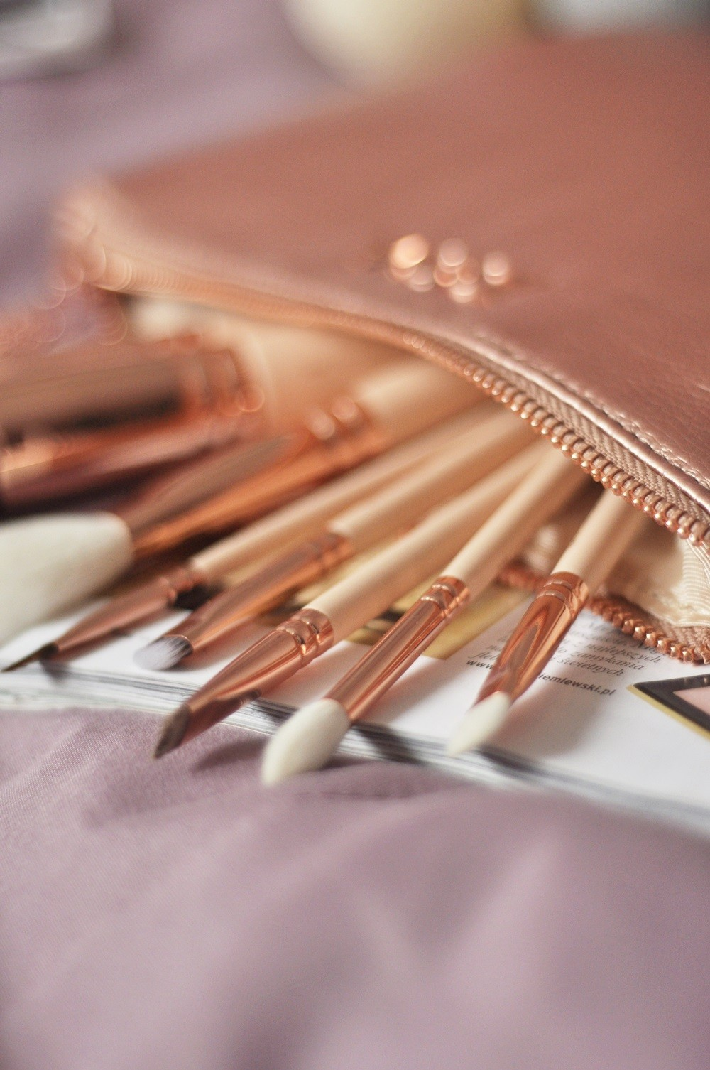 zoeva-rose-golden-brush-mintishop4