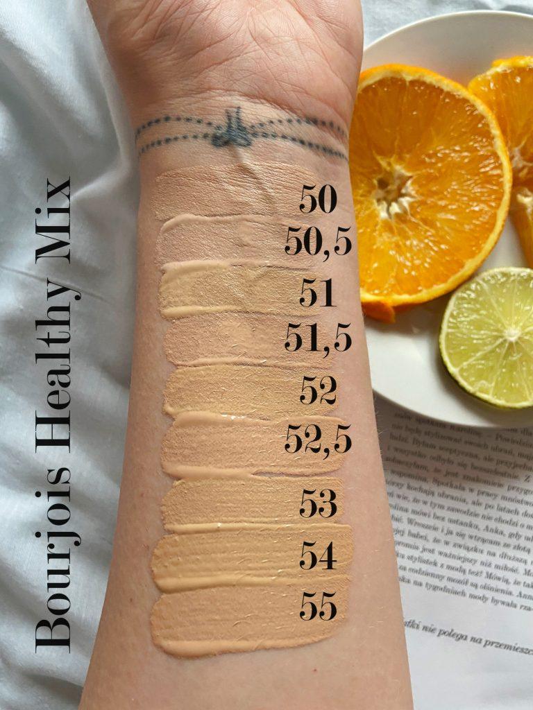 Witaminowy podkład Bourjois Healthy Mix dostępny jest w 9 odcieniach – wybierz najlepszy podkład do twarzy i sprawdź, jak dobrać kolor podkładu – 50, 50,5, 51, 51,5, 52, 52,5, 53, 54, 55.